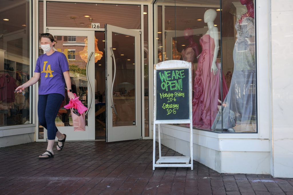Jewelers stay open but with precautions