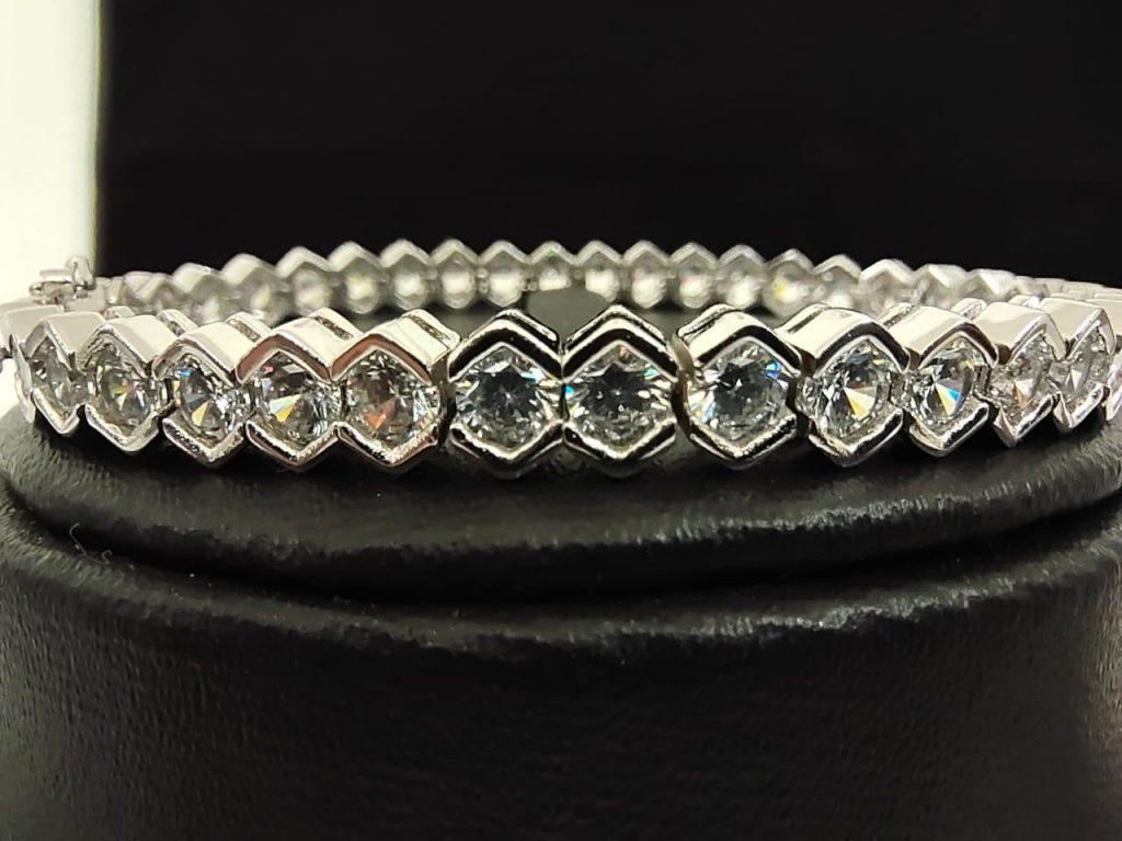 Beautiful diamond bracelet