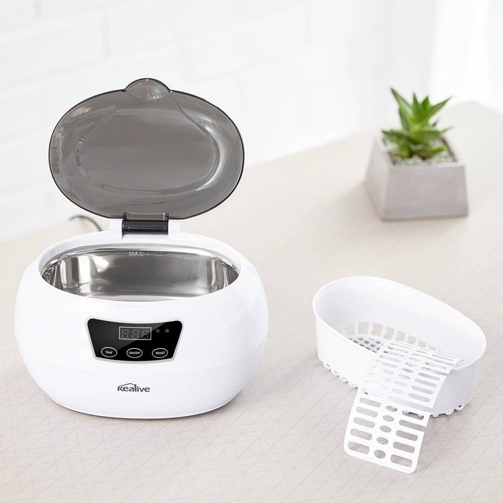 Ultrasonic cleaner for your diamond and gemstone jewelry