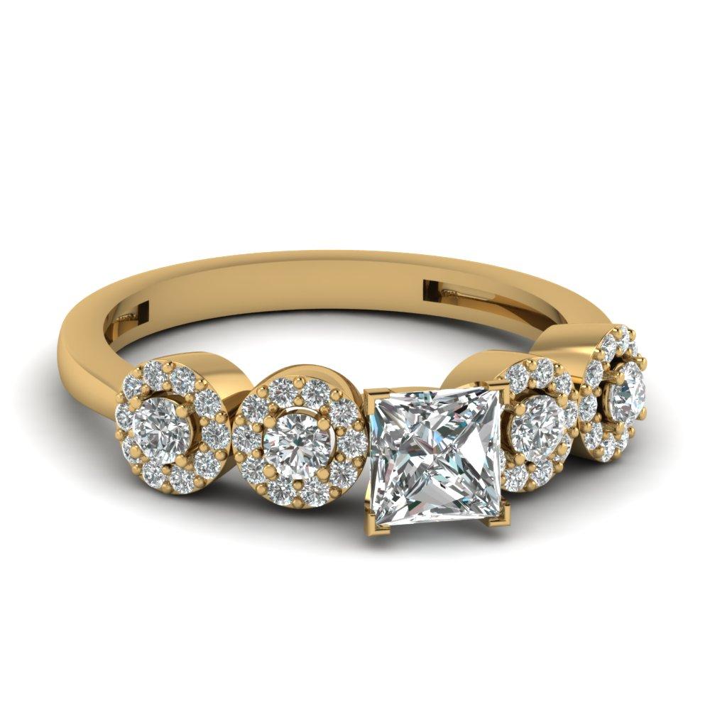 Stunning Christmas diamond ring as a gift