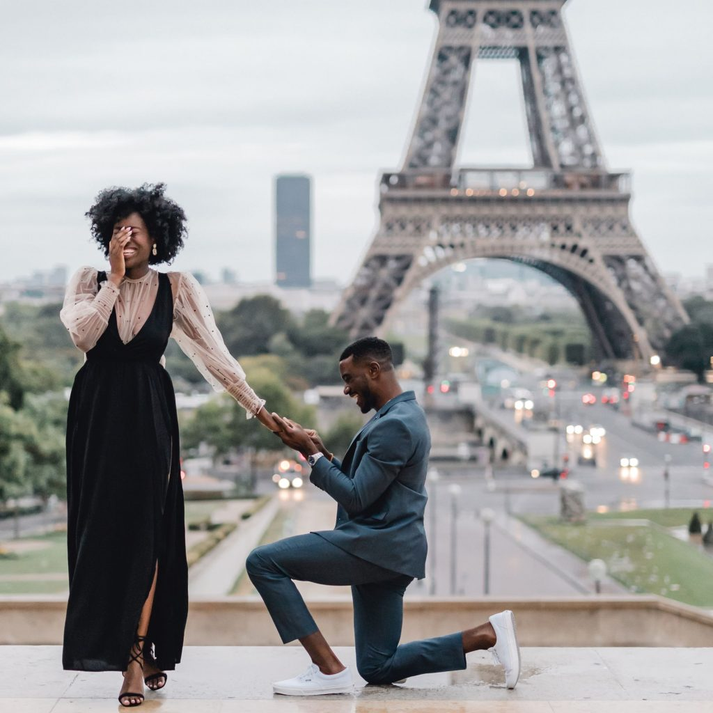 A happy marriage proposal