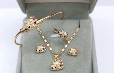 Diamond jewelry set for kids