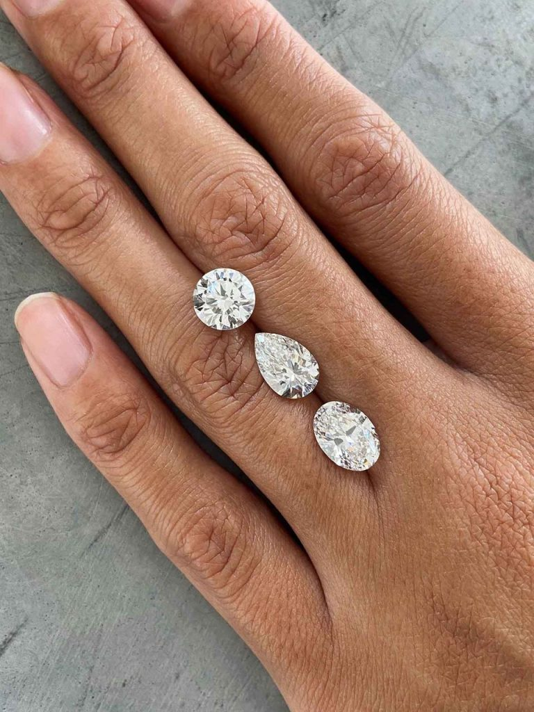 Sparkling synthetic diamonds