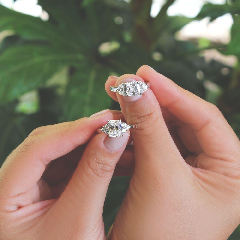 Glittery engineered diamonds set in platinum