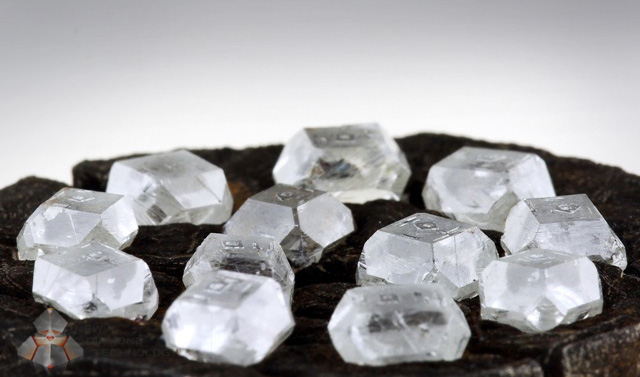 Unlike natural diamond stones, rough lab grown diamonds are clarity enhanced at creation.